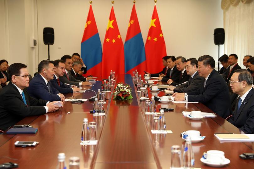 Монгол Улсын Ерөнхийлөгч Х.Баттулга БНХАУ-ын дарга Си Жиньпинтэй уулзлаа
