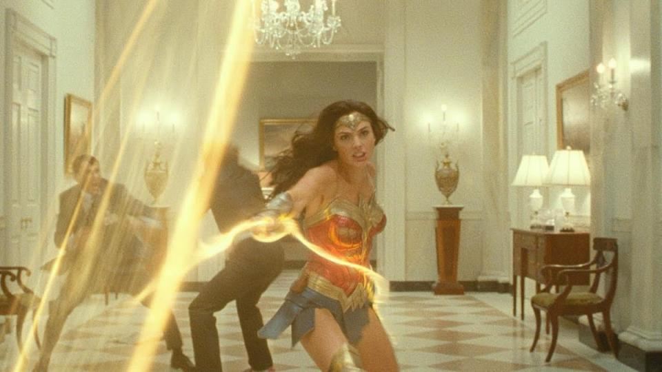 """Wonder Woman 1984"" киноны нээлт хойшлогдлоо"