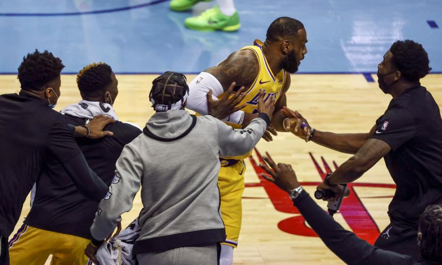 NBA-ын өнөөдрийн шилдэг 10 үзүүлбэр (21-01-13)