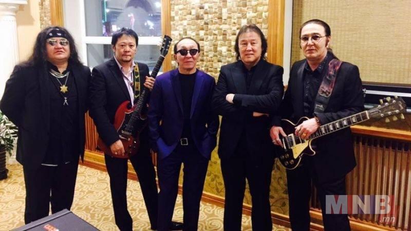 Ц.Энхманлай: Рок хамтлаг Монгол хүний араншинтай зохицдог