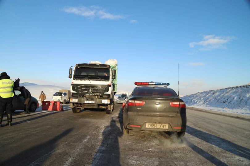 Сонгинохайрхан дүүрэг автомашинуудын зорчих хэсгийн аюулгүй байдлыг ханган ажиллаж байна