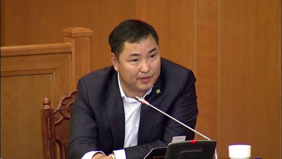 Б.Пүрэвдорж: Монголбанкаар муу зээлээ төлүүлсэн байж магадгүй Дамба-Очир асуултад хариулах эрхгүй