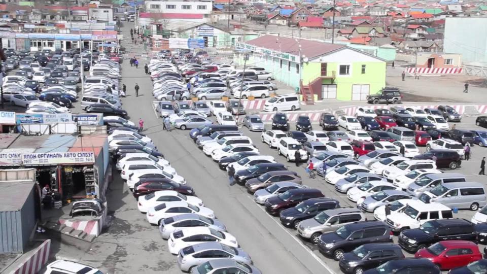 1000 машины захын газар чөлөөлөлтийн явцад зарим худалдаачдыг баривчилжээ