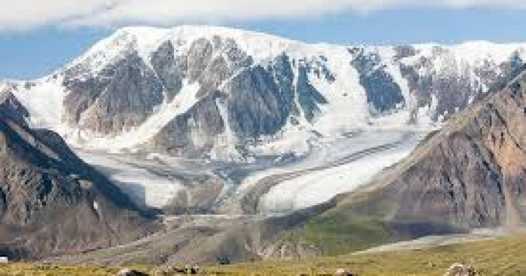 Израйлын зургаан иргэн Алтай таван богдод цасанд боогджээ