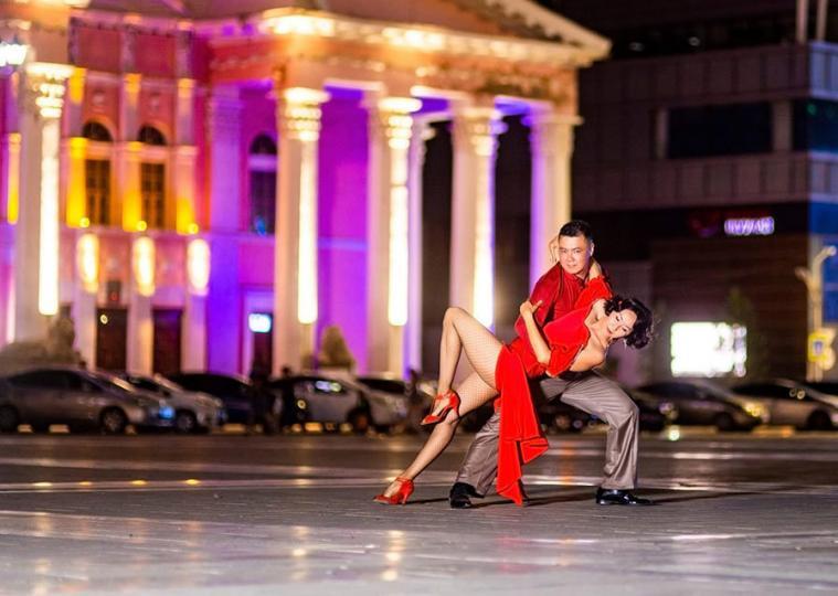 Ш.Ням: Аргентин танго хүндэтгэл, мэдрэмжийн урлаг