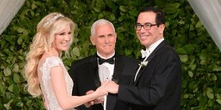 Д.Трампын кабинетын гишүүн өөрөөсөө үе мултарсан бүсгүйтэй гэрлэлээ