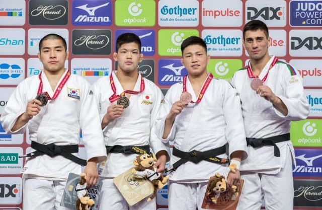 Ц.Цогтбаатар, Б.Ганхайч нар хүрэл медалт хүртлээ