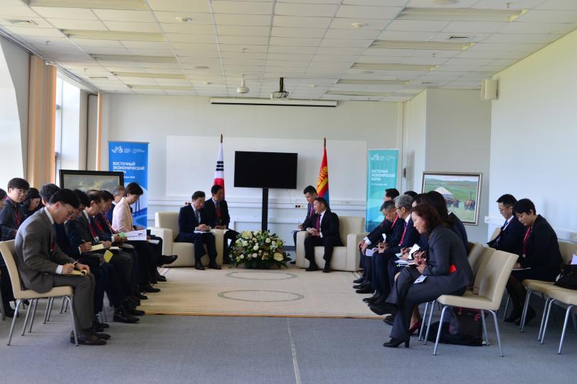 Монгол Улсын Ерөнхийлөгч Х.Баттулгад БНСУ-ын Ерөнхий сайд Ли Наг Ён бараалхлаа