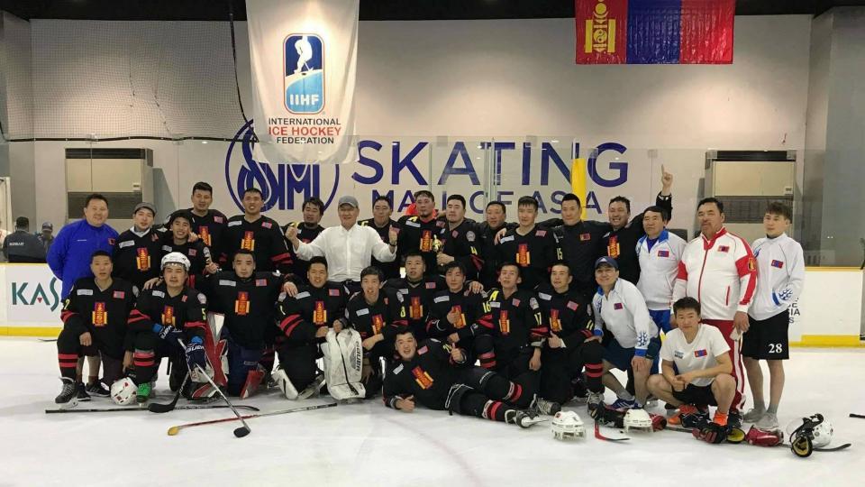 Монголын шигшээ баг Анх удаагаа Алтан медаль хүртлээ