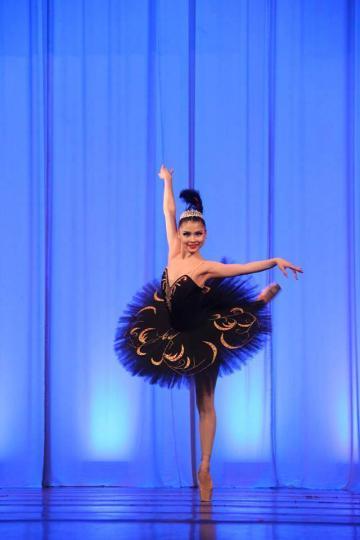 Гран при шагналын эзнээр балетын гоцлооч О.Анужин тодорлоо