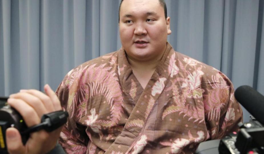 Хакүхо М.Даваажаргалын Японы иргэн болох хүсэлтийг баталгаажуулжээ