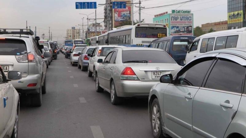 Автомашин хулгайлан замын хөдөлгөөнд оролцож байжээ