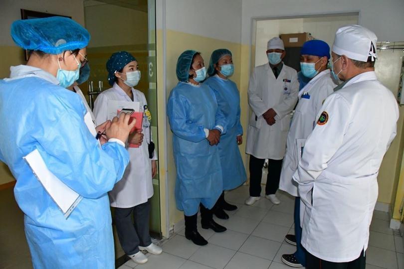 Цэргийн төв эмнэлэг 570 ор дэлгэн  300 гаруй эмч, эмнэлгийн мэргэжилтэн ажиллуулахаар хуваарь гарган мөрдөж ажиллаж байна