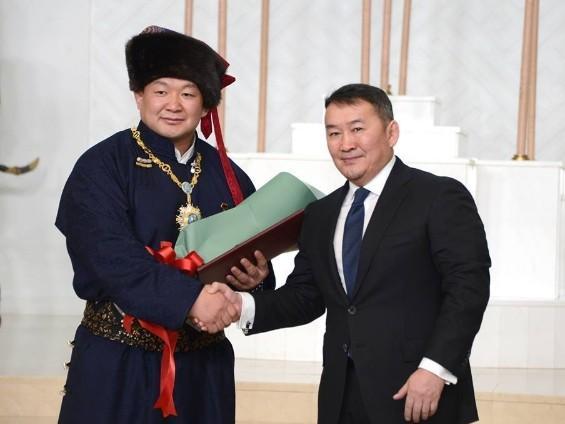 Олимпын суу алдрын төлөө шөрмөсөө тасарсан ч тэмцсэн Монголын жирийн малчин хүү