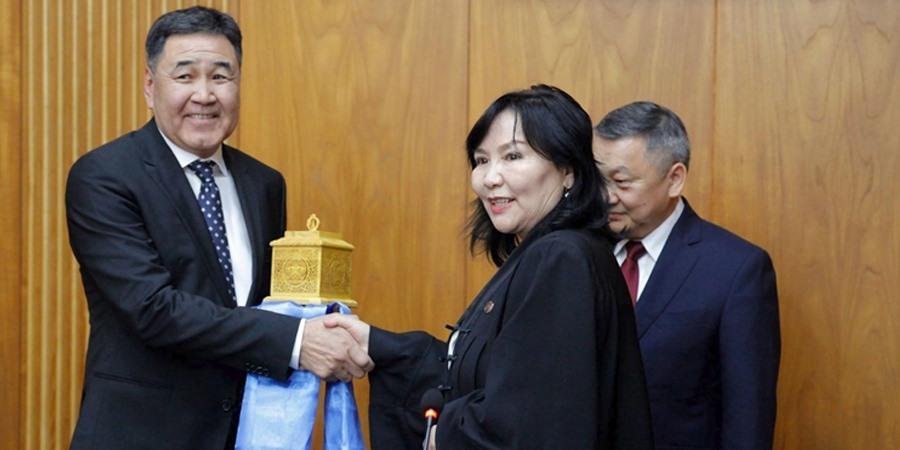 Монгол Улсын Дээд шүүхийн ерөнхий шүүгчээр Х.Батсүрэнг томиллоо