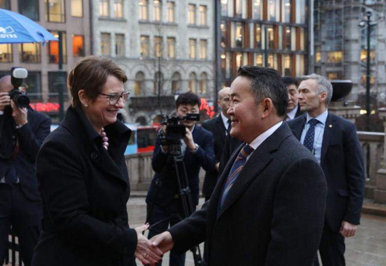 Ерөнхийлөгч Норвегийн Парламентын Ерөнхийлөгч Тоне Уихельмсен Троэнтай уулзлаа