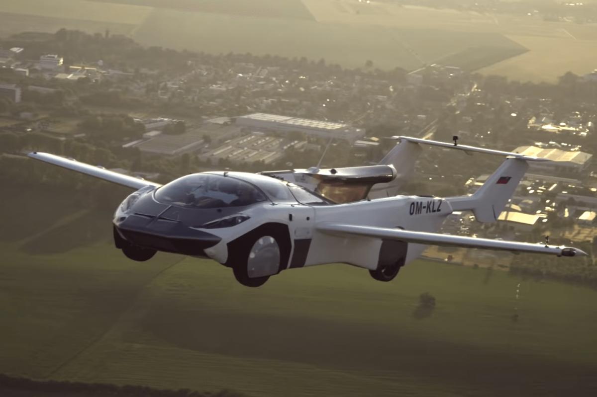 Нисдэг машин хот хоорондын анхны нислэгээ хийжээ