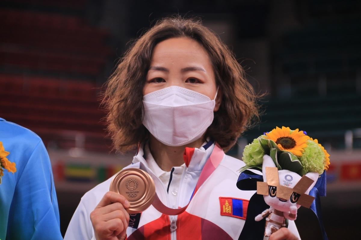 МУГТ М. Уранцэцэг:Олимпын наадмаас медаль авахын төлөө 16 жил хичээллэсэн, медаль хүртсэндээ маш их баяртай байна
