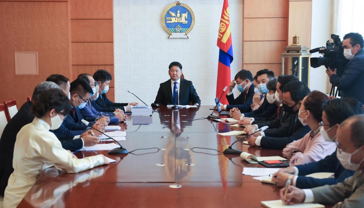 У.Хүрэлсүх: Монгол хэлээ бүрэн сурч, эзэмшихэд бүх шатанд анхаарч ажиллах ёстой