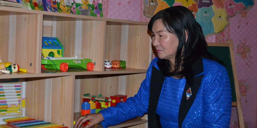 Хамрын хийдийн Нараа багш