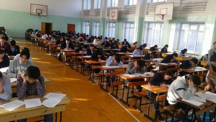Монгол, бичгийн шалгалт эхэллээ