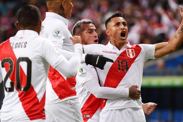 Перу Чилийг хожиж аваргын төлөө үлдлээ