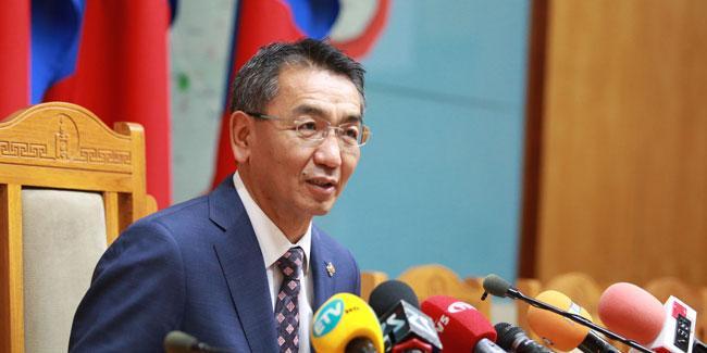 Ц.Мөнх-Оргил: Д.Оюунхорол сайд андуураад хэлчихсэн байна билээ, хятад иргэдийг визгүй зорчуулахгүй