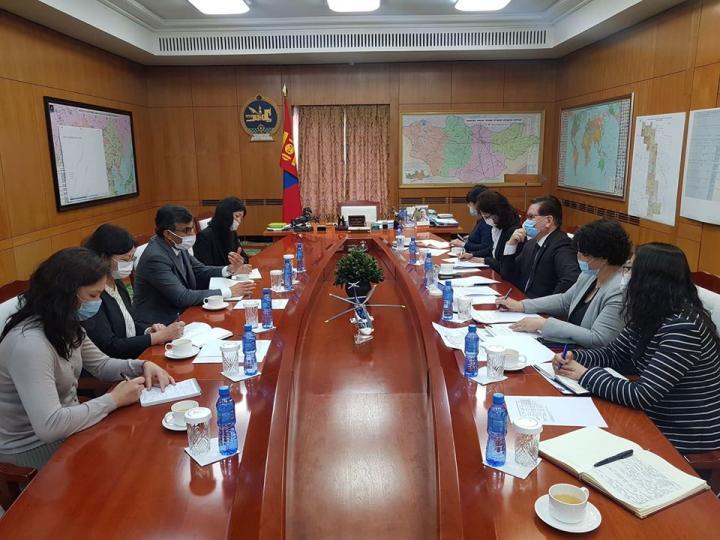 Азийн хөгжлийн банк: Монгол Улс дэлхийд үлгэрлэж байна
