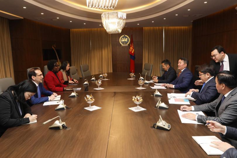 Монгол Улсын Ерөнхийлөгч Х.Баттулга Дэлхийн банкны дэд ерөнхийлөгчийг хүлээн авч уулзлаа