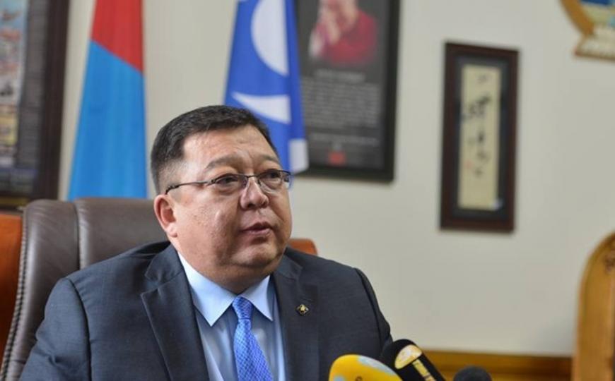 С.Эрдэнэ: МАН нийслэлийн сонгогчдоос айсандаа орон нутагт мандат шилжүүлэх гэж байна