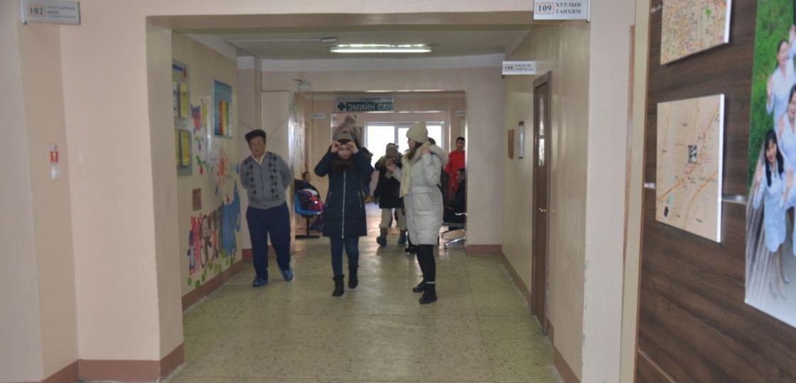 Дүүргийн эмнэлгийн хүүхдийн амбулаторийн үзлэг уртасгасан цагаар ажиллаж байна