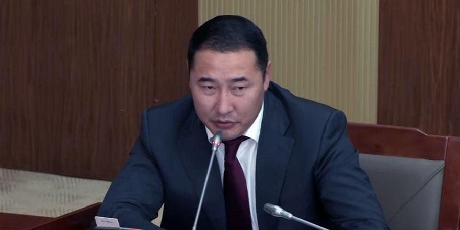 У.Хүрэлсүх: Монголын төлөө ажиллах сэтгэлтэй зүрхтэй төрийн албан хаагчдыг өөрчлөхгүй