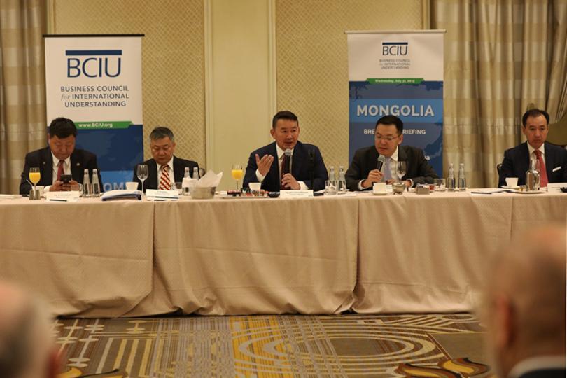 Монгол Улсын Ерөнхийлөгч Х.Баттулга Монгол-Америкийн бизнес эрхлэгчидтэй уулзлаа