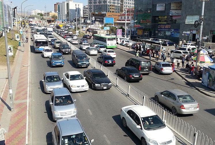 5, 0-ээр төгссөн дугаартай машины жолооч нар энэ сард татвараа төлнө