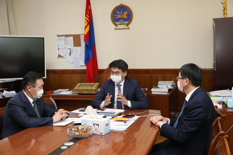 Монгол Улсын Ерөнхий сайдад Л.Оюун-Эрдэнийг нэр дэвшүүллээ