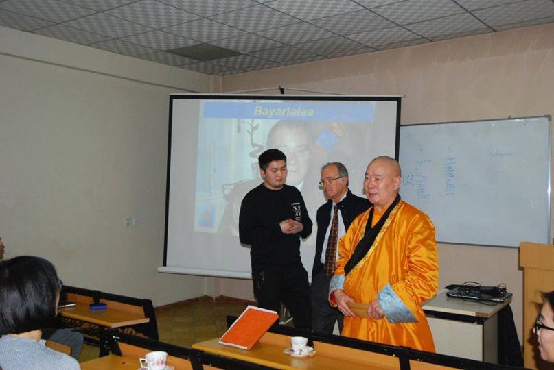 Итали профессор Карло Баглиани Монголд зочиллоо