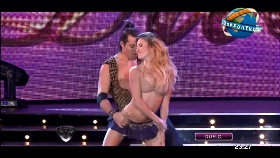 Латин бүжгийн хөгжилтэй бичлэг