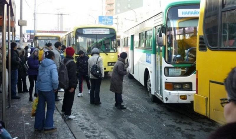 Нийтийн тээврийн автобуснуудын бүрэн бус байдал түгжрэл үүсэхэд нөлөөлж байна