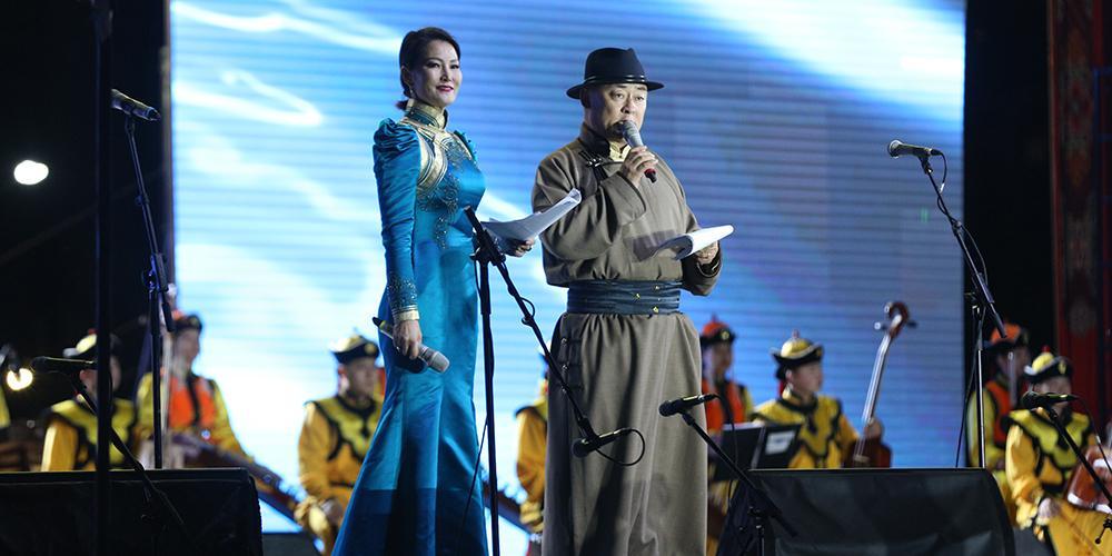 """""""МӨНХ ТЭНГЭР"""" Монгол туургатны соёл, урлагийн их наадам нээлтээ хийлээ"""