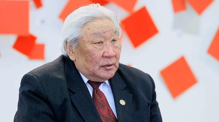 Д.Бямбасүрэн Монголын эрх ашгийг хамгаалах Ерөнхийлөгч хэрэгтэйг уламжлав