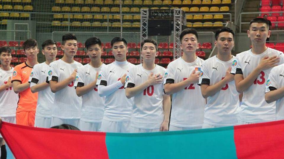 Монголын хөлбөмбөгчид Узбекстанд хожигдож, тэмцээнээ өндөрлүүллээ