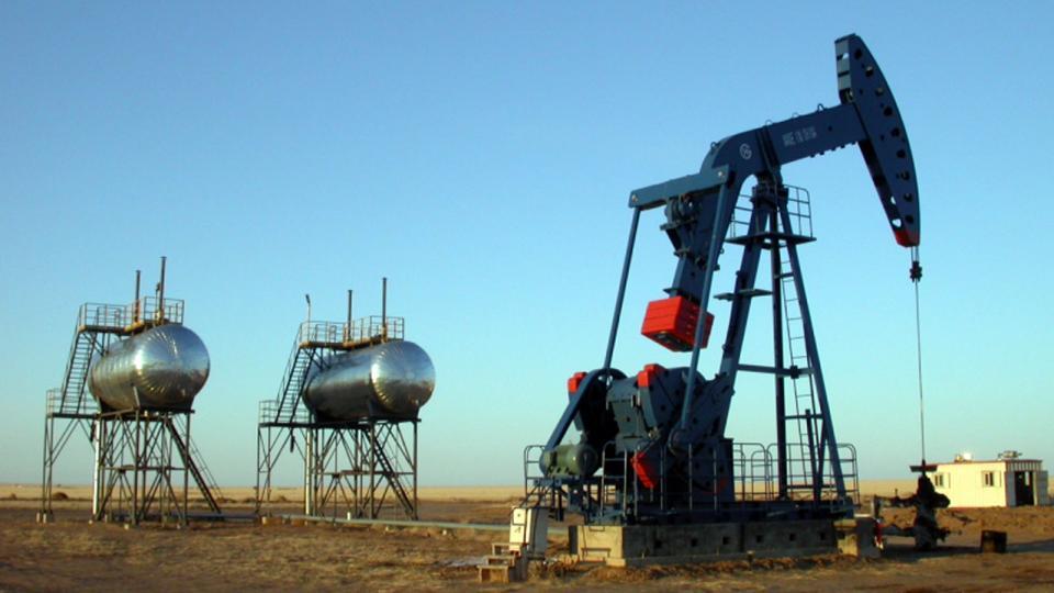 """""""Газрын тос боловсруулах үйлдвэр барих"""" төрийн өмчит компани байгуулна"""