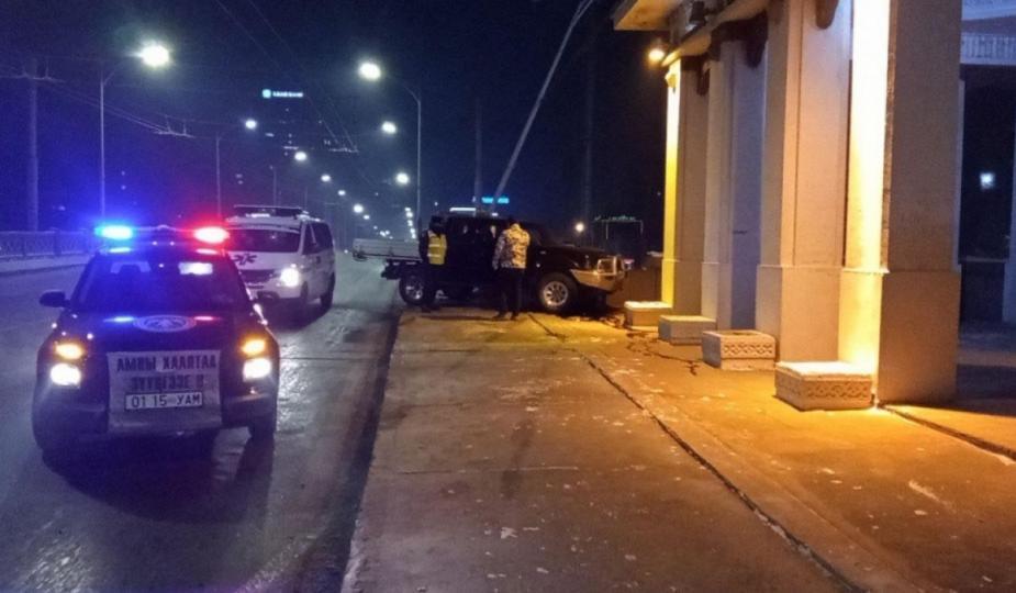 Өнөөдөр өглөө Энхтайваны гүүрэн дээр зам тээврийн хоёр осол гарчээ