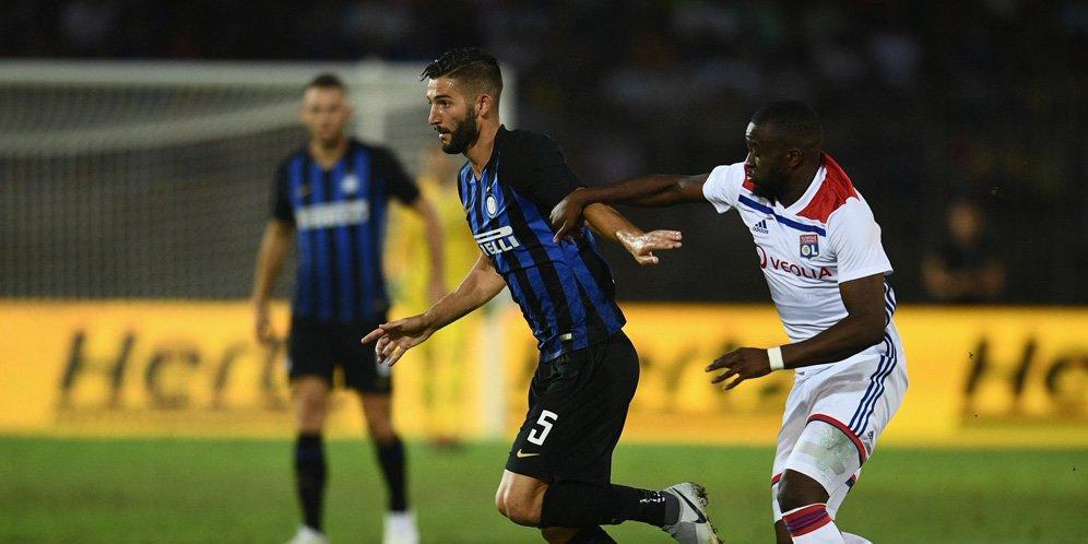 Интер Милан эхний хожлоо байгууллаа