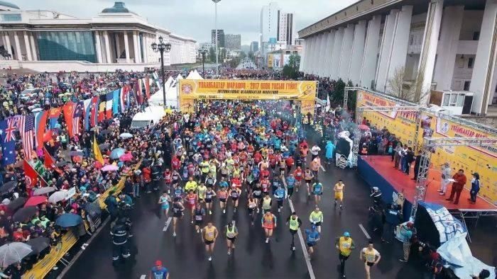 """""""Улаанбаатар марафон-2018""""-д монгол тамирчид түрүүлж, 10 саяын эзэд боллоо"""
