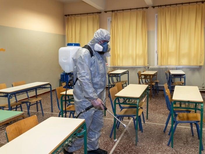 Коронавирусаас болж дэлхийн 119 орон сургуулиудаа хаажээ