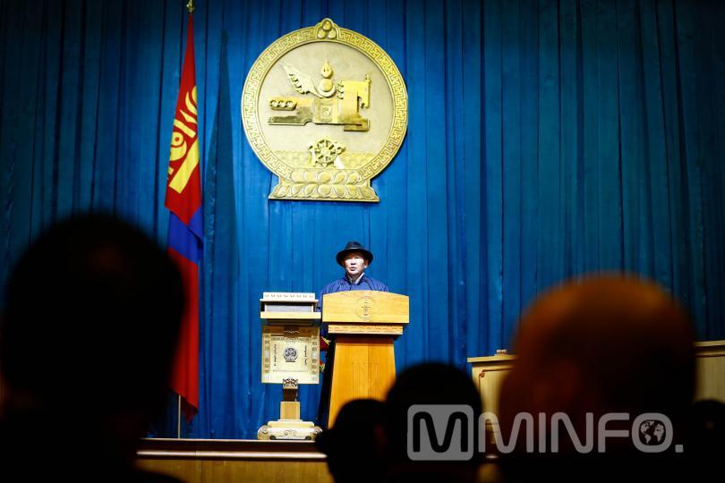 Монгол Улсын Ерөнхийлөгч Х.Баттулга: Төрийн албыг наймаалдаг гэмт үйлдэлтэй шийдвэртэй тэмцэнэ