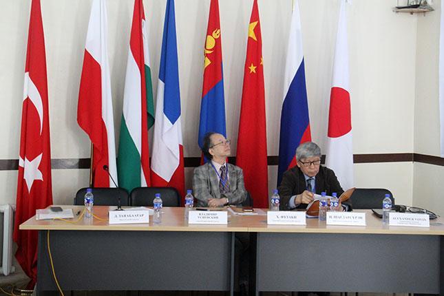 Дэлхийн 30 эрдэмтэн монгол соёлын талаар юу гэж ярив