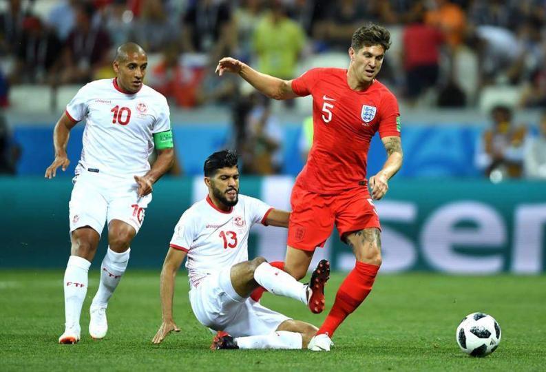 Англи Тунисыг 2:1-ээр хожлоо