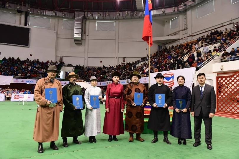 """Ерөнхийлөгч Х.Баттулга """"Монгол баатарлаг туульсаа дээдлэн дэлгэрүүлэх тухай"""" зарлиг гаргалаа"""